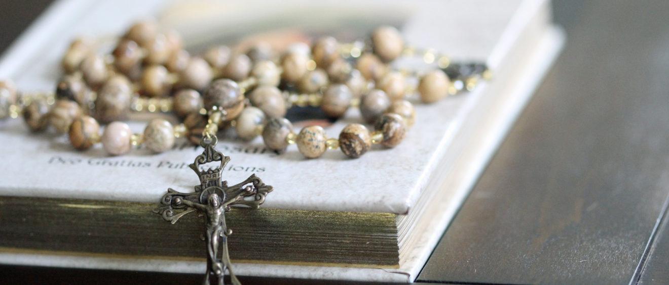 46 Spiritual Rosary Book